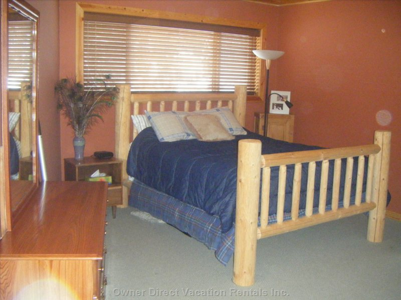 Lofted Master Bedroom Including Pull out Couch