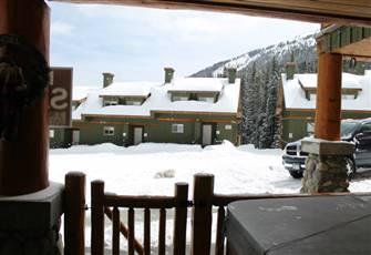 Ski-in/Ski-out Apex Mountain Resort; 2 Bedroom Condo with Hot Tub and Internet