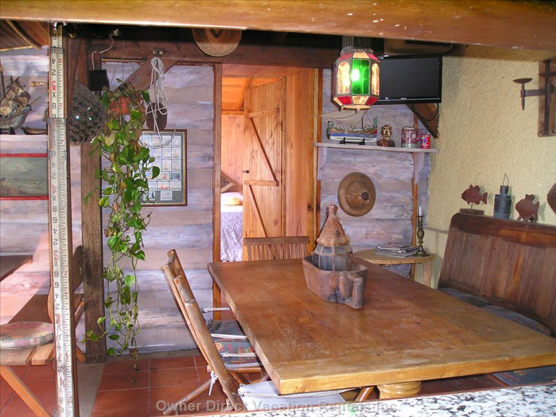 Inside Log Cabin, Open Plan with Kitchen