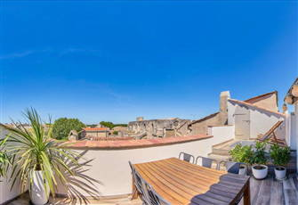 Penthouse with  Breathtaking View Terrace in the Heart of Historical Center