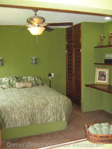 Casita Master Bedroom  - Casita Master Bedroom with little Study Space