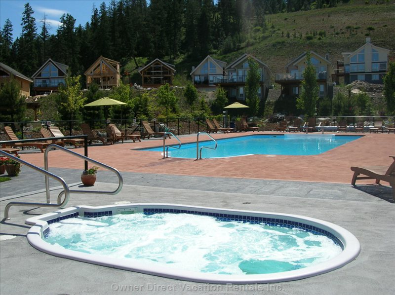 Central Level Area - Heated Pool & Hot Tub