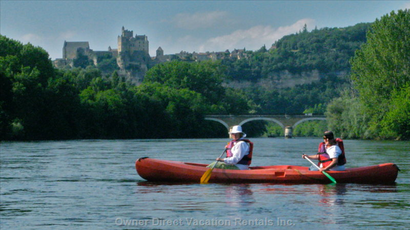 A Canoe Ride down the Dordogne River Offers Unforgettable Views
