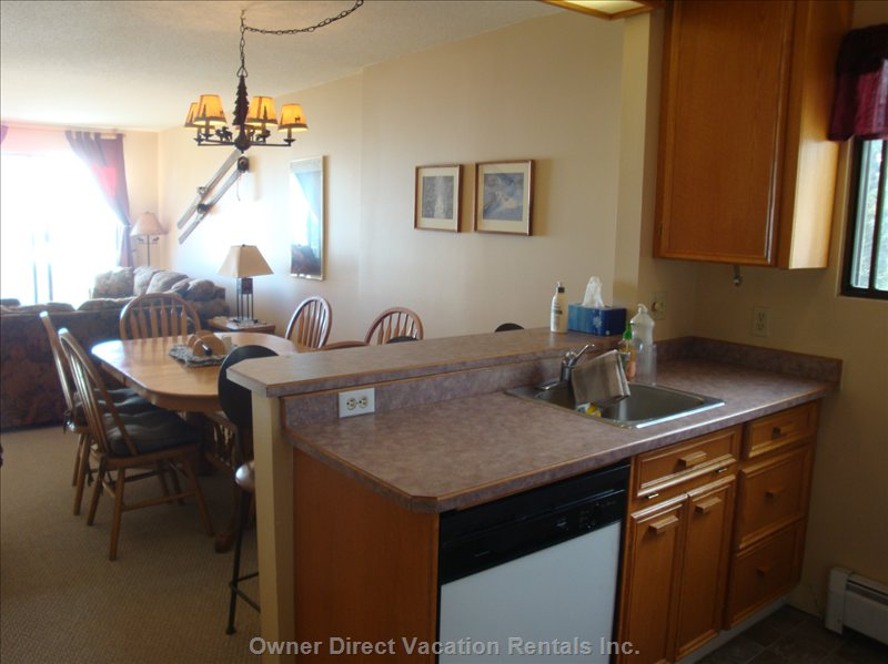 Full Kitchen Facilities with Stove/Fridge/Microwave