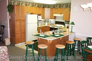 Full Kitchen with Countertop - Seating for 5