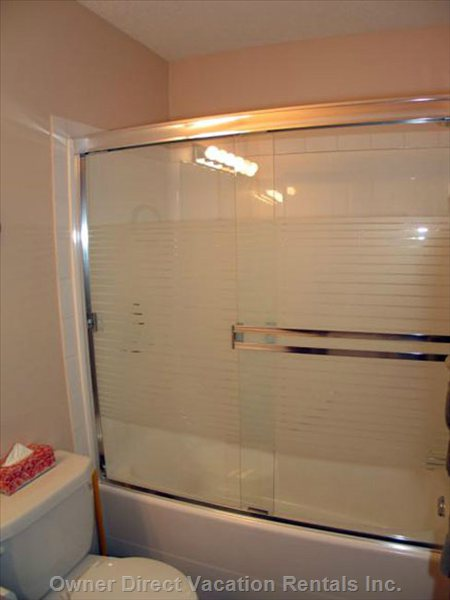 Downstairs Bathroom 1 has a Tub/Shower Combo