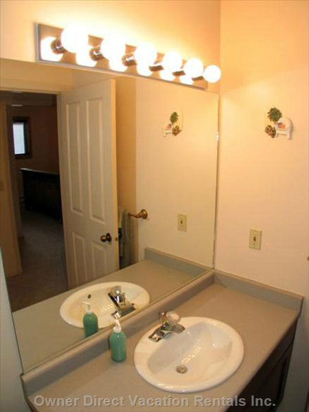 Downstairs Bathroom 2