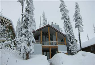 Entire 7 Bedroom Chalet with Two Kitchens and Great Views!