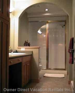 Ensuite Bathroom with Steam Shower