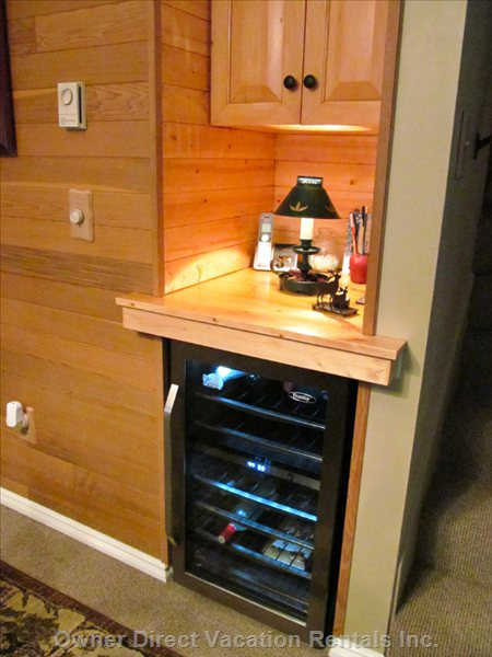 The Unit has a 30 Bottle Wine Cooler for both White and Red Wine.
