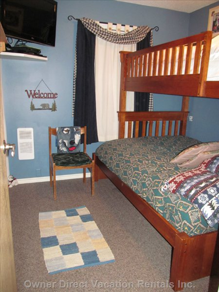 Third Bedroom with Deluxe Double Lower Bunk and Single Upper Bunk. 32 Inch Led TV with 79 HD Channels and Blue Ray/DVD.