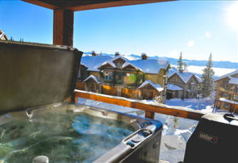 The Best Ski in/out 3 Bedroom Condo in Big White with Private Hot Tub