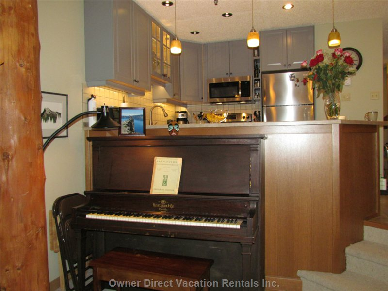 Heintzman Piano in Excellent Condition