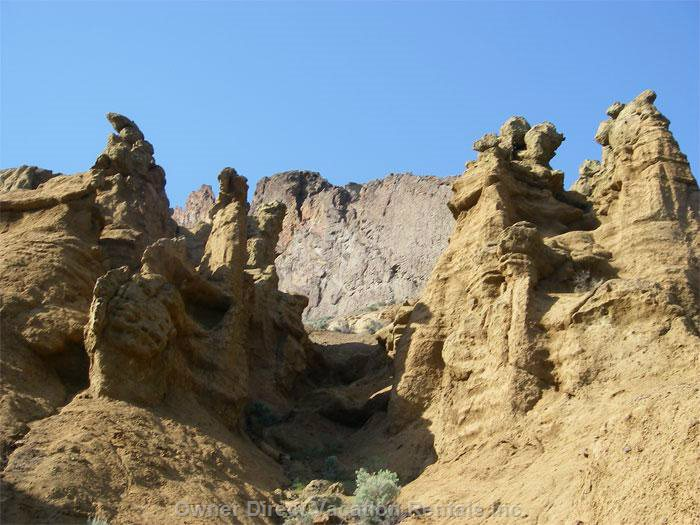 Explore the Ancient 10,000 Year Old Hoodoo Mountains (Cinnamon Ridge a 2 Hour Drive near Kamloops)