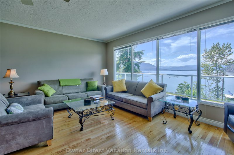 Living Room with Floor to Ceiling Windows to Take in the View of Cooper Island!!