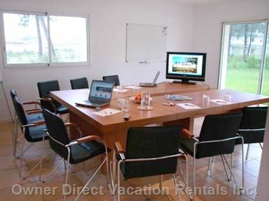 Office and Conference Facilities for 10-12 People.