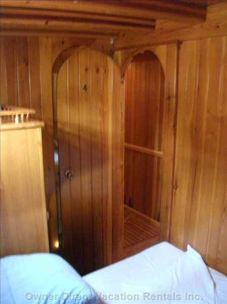 Cabin'S Closet and Direct Access to the Private Bathroom