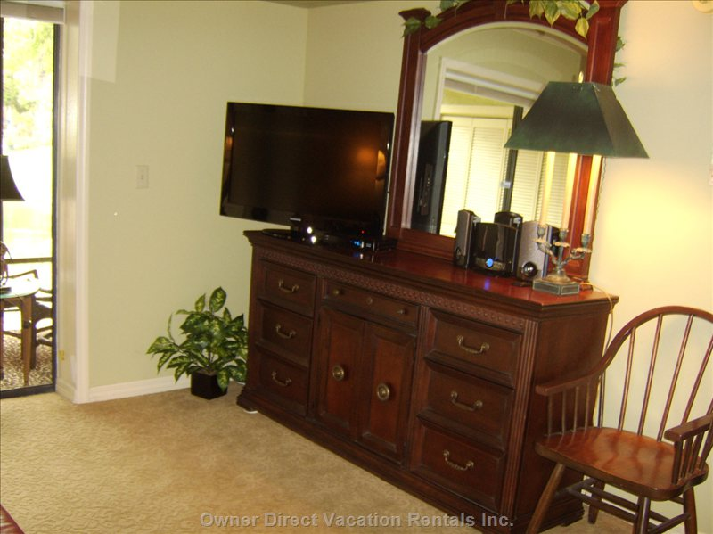 Master Bedroom - Dresser 37 Inch TV