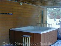 Hot Tub-(Lower Level Deck)