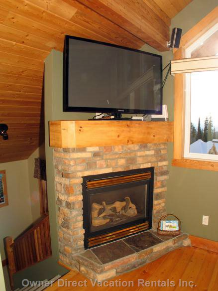 "Big 51"" Flat Screen Tv with Blue Ray Dvd Player and Gas Fireplace"