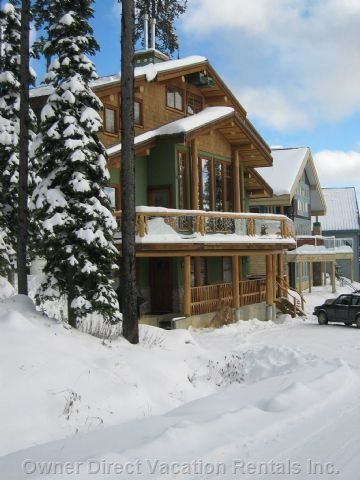 The Road in Front of the Chalet Provides Ski-out Access to the Lifts!