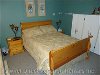 Downstairs Bedroom with Queen Bed