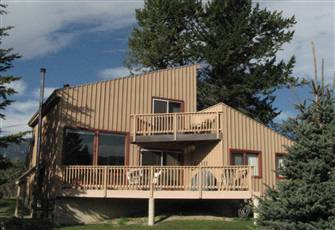 Invermere Lakeview 4 Br - Luxury Home - Walk to the Beach/Tennis/Town