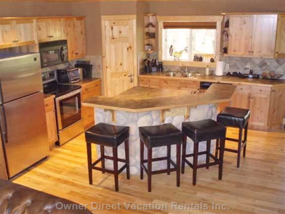 Gourmet Fully Stocked Kitchen and Island