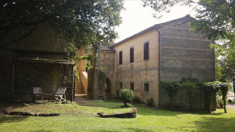 The Garden between the Farmhouses in the Borgo