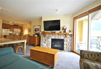 2 Bedroom, 2 Bath Condo in Fireside Lodge