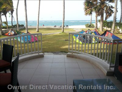 30 Steps from World Class Kitebeach with Direct Access to Lawn and Beach