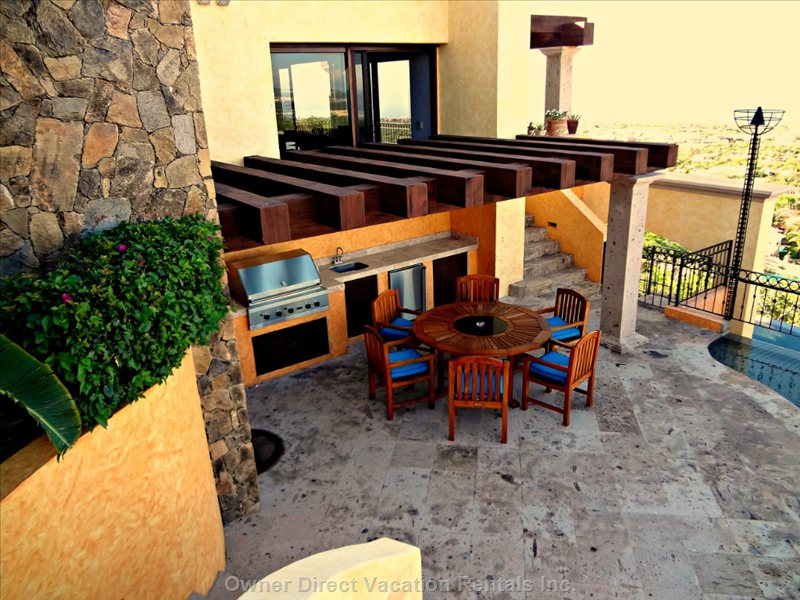 Outdoor Living and Kitchen Area