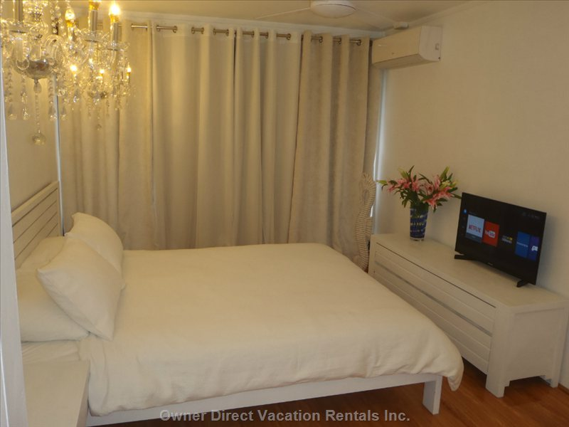 Main Bedroom, Smart Tv, Air Conditioning