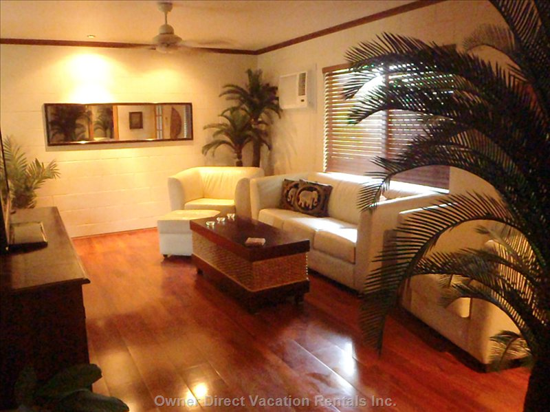 Cairns Vacation Rental Lounge Room