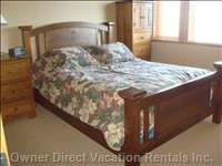 Master Bedroom, Queen Bed, Ensuite has Shower, Tub/Shower Combo, Single Sink, Television