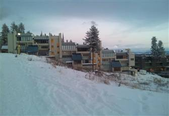 Ski in Ski out Location with Access to 3 Lifts and the Villages Night Life!!
