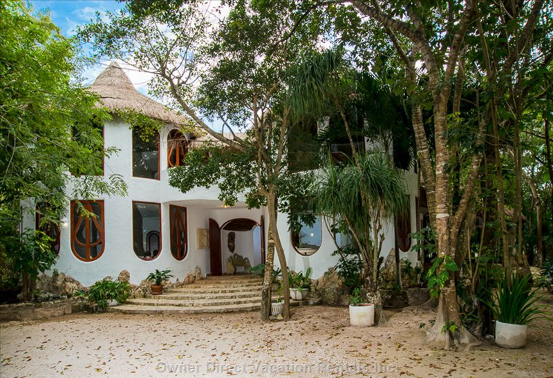 Cancun house located in Quintana Roo, Mexico, ID#226643> </td> <td valign=