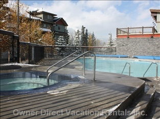 Year Round Outdoor Pool with Hot Tub