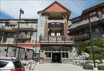 Luxury Two Bedroom Condo in the Heart of the Rocky Mountains