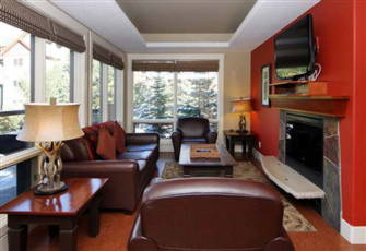 Large Main Floor Corner Unit Solara Resort Canmore