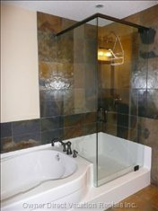 Ensuite Bathroom Soaker Tub and Glass Shower