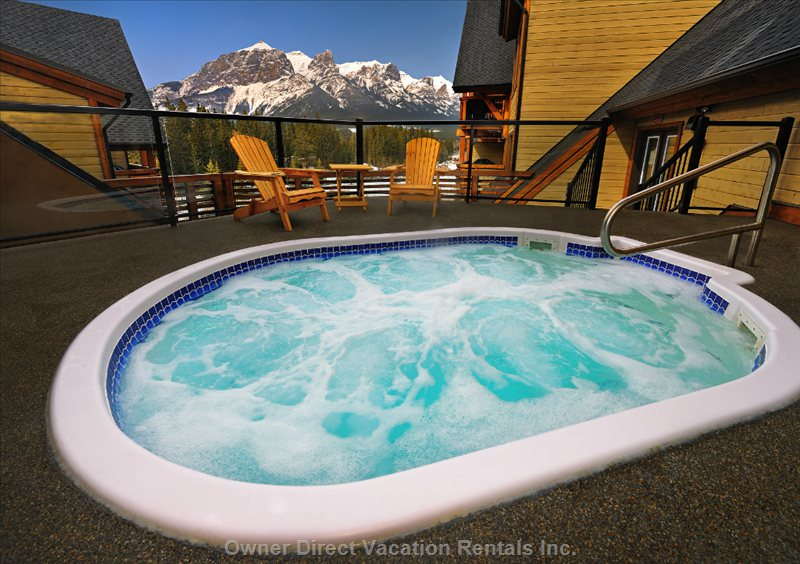 Rundle Cliffs Lodge Roof Top Hot Tub