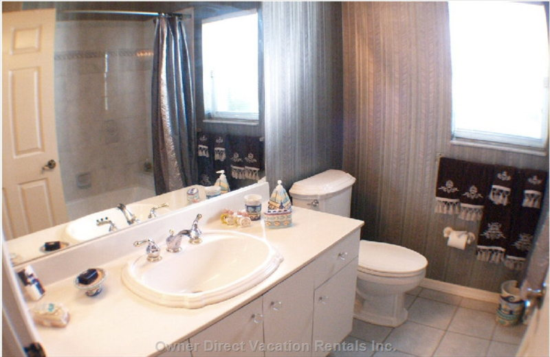 Bathroom # 2 Tub,Shower,Vanities