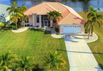 Modern Villa Southwest of Cape Coral in Quiet Surfside Blvd Area with Gulf Acces