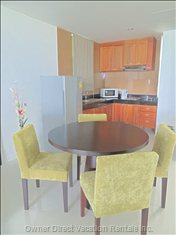 Dining Area and Fully Equipped Kitchen to Make yourself at Home