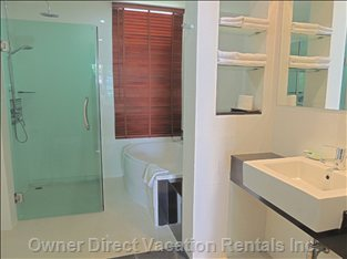 07-Modern Bathroom with Tub and Shower