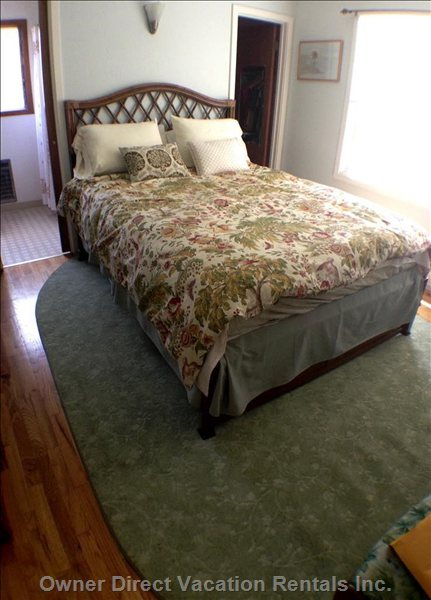 Tropical Rattan Queen Bed & all Natural Latex Mattress & Organic Cover. Calvin Klein Duvet Covered down Cover Or Pottery Barn Quilt.