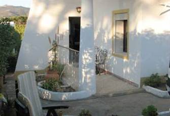 Cottage with Garden and Views of Sintra Mountains and Guincho Beach
