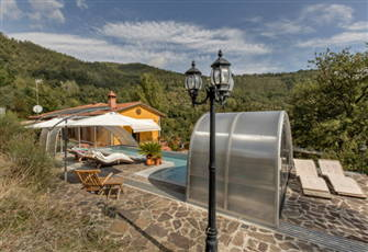 Tuscan Private Villa with Outdood/Indoor Solar-Heated Pool Gym Sauna and more