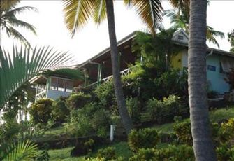 Lovely 3br/3ba villa, with Panoramic views of the Caribbean and the Bay.